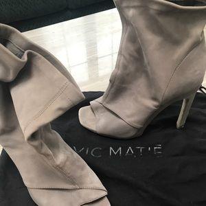 Vic Matie booties